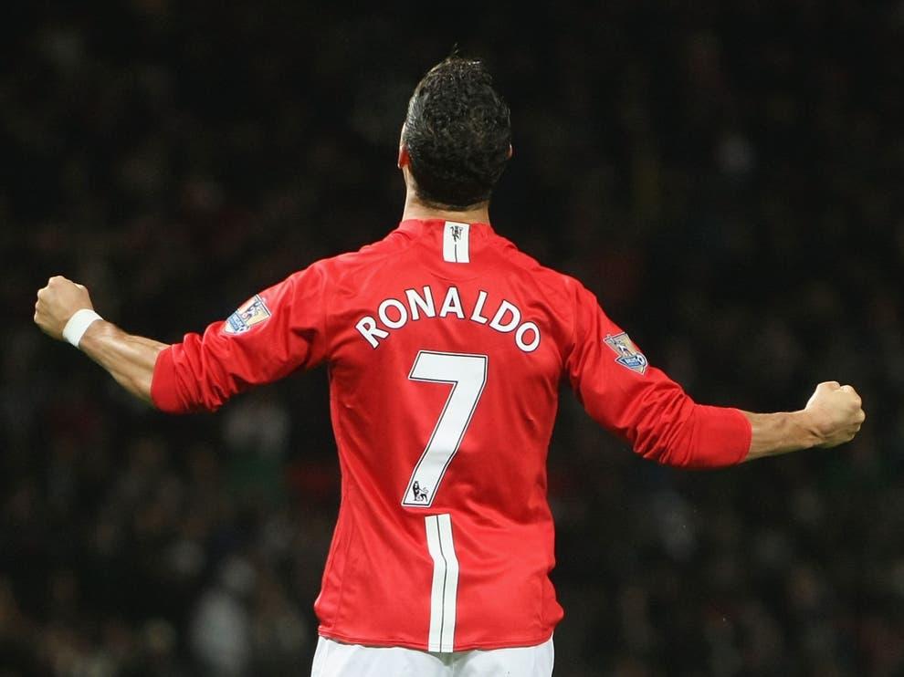 Ronaldo duoc MU trao ao so 7 1